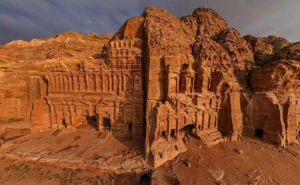 Невозможная архитектура в древнем городе Петра