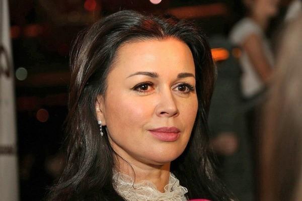 Анастасия Заворотнюк - последние новости сегодня, 28 сентября: как себя чувствует актриса и новости о состоянии здоровья