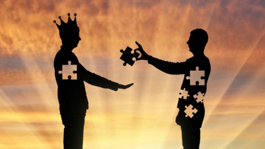 Альтруизм в обществе: почему люди готовы жертвовать собой?