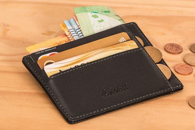 5 недостатков потребительского кредита перед кредитной картой