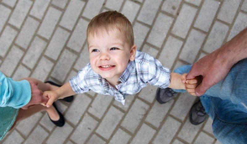 Как в России усыновить ребенка: в правительстве хотят ужесточить требования к будущим родителям