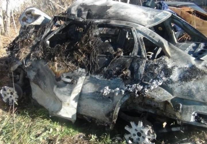 На Урале военный спас ребенка из горящей машины. Остальные мужчины просто наблюдали