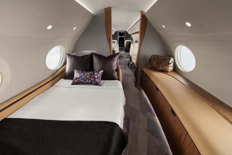 Компания Gulfstream показала свой самый дорогой бизнес-самолет
