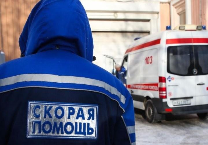 В Новосибирске пенсионерка провалилась в яму с кипятком