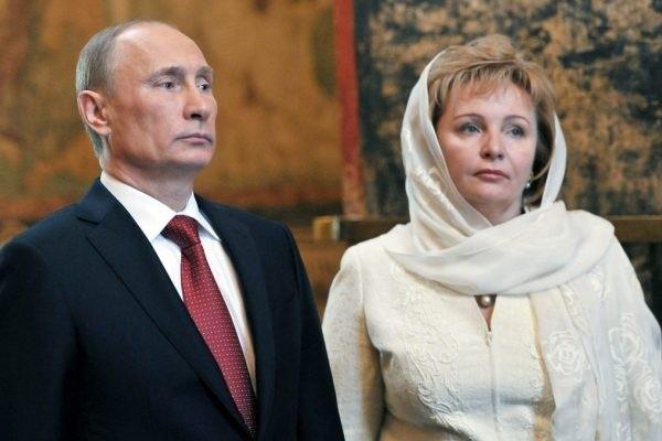 Стало известно, чем сегодня занимается бывшая жена Владимира Путина
