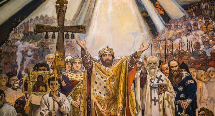Золотые кресты и одежды: откуда пошла православная атрибутика?