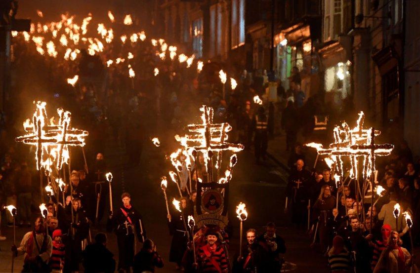 Что просят дети в Англии в День Гая Фокса: особенности национального праздника