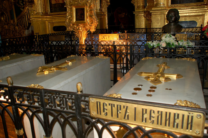 Особенности похоронной церемонии русских монархов