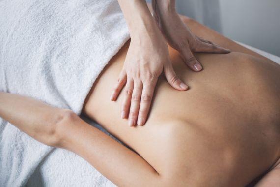 Врачи предупредили о вреде лечебного массажа