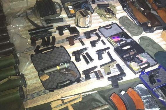 У жителя Ровно обнаружили огромный арсенал оружия и боеприпасов