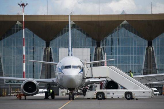 Бизнесмену не дали выехать на отдых за границу, предложив погасить долги по зарплате