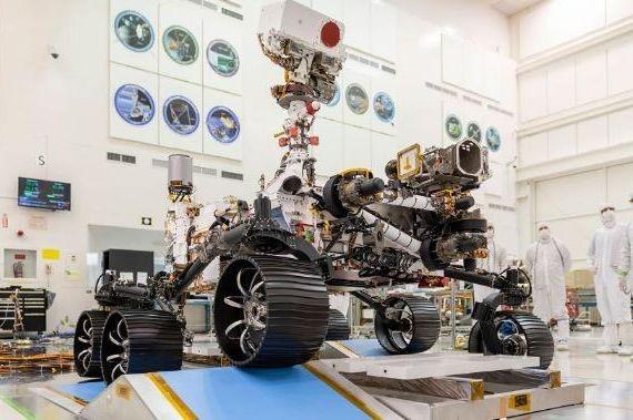 NASA показало испытания нового марсианского ровера