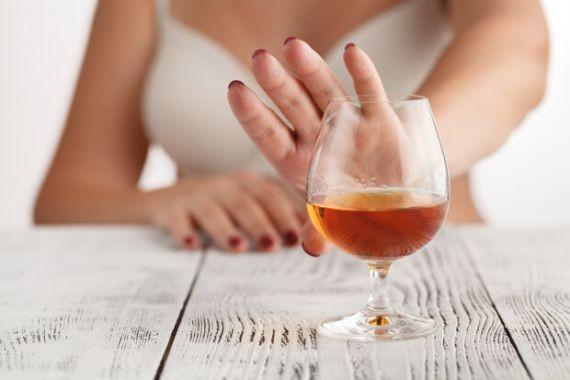 Немецкий врач рассказала, как влияет на здоровье отказ от алкоголя