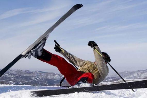 В Шерегеше турист наткнулся на собственную лыжу и умер