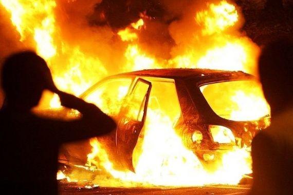 В Петербурге муж поджег автомобиль бывшей супруги