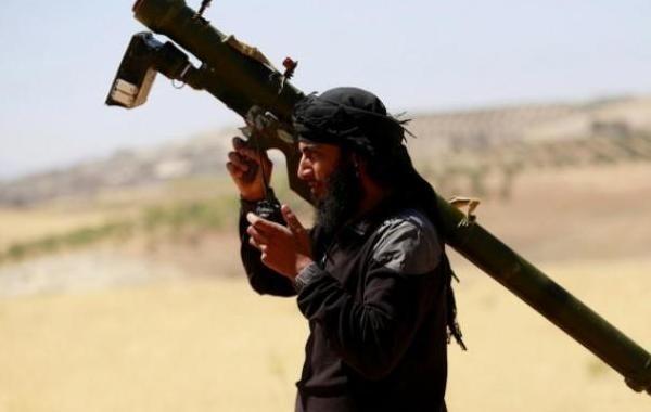 Боевики в Сирии атаковали нефтехранилища