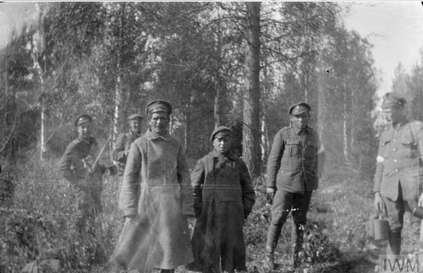 «Лекарство» для большевиков: британское химическое оружие на севере России