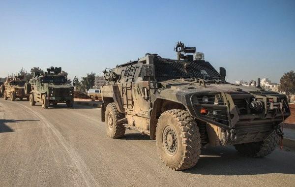 Турция завозит в Сирию новую военную технику