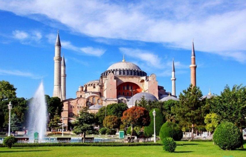 Собор Святой Софии: драгоценная история архитектурного комплекса Стамбула