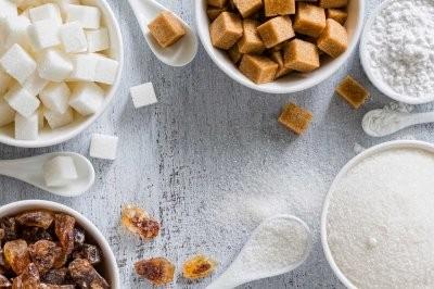 Доктор Берг рассказал, что человек теряет, когда ест сахар