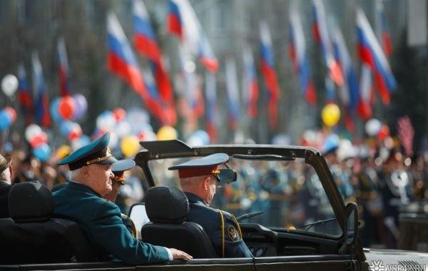 Назван примерный срок отмены ограничений из-за коронавируса в России