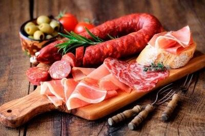 Названы канцерогенные продукты, которые могут вызвать рак