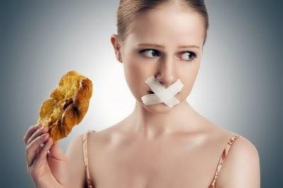 Названы три самые популярные диеты на основе периодического голодания