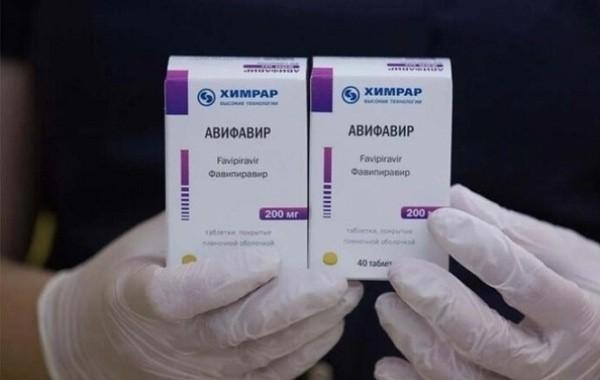 До конца месяца в аптеках России появится препарат от коронавируса