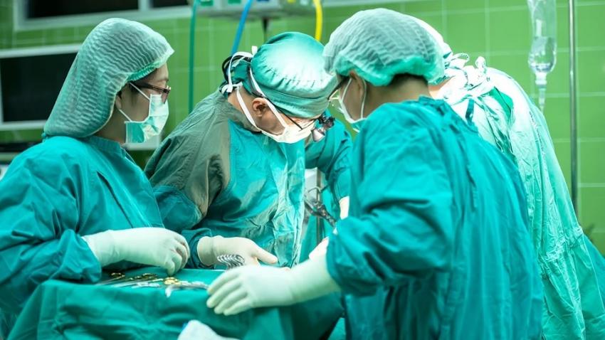 Эксперты объяснили, почему женщины болеют раком чаще мужчин