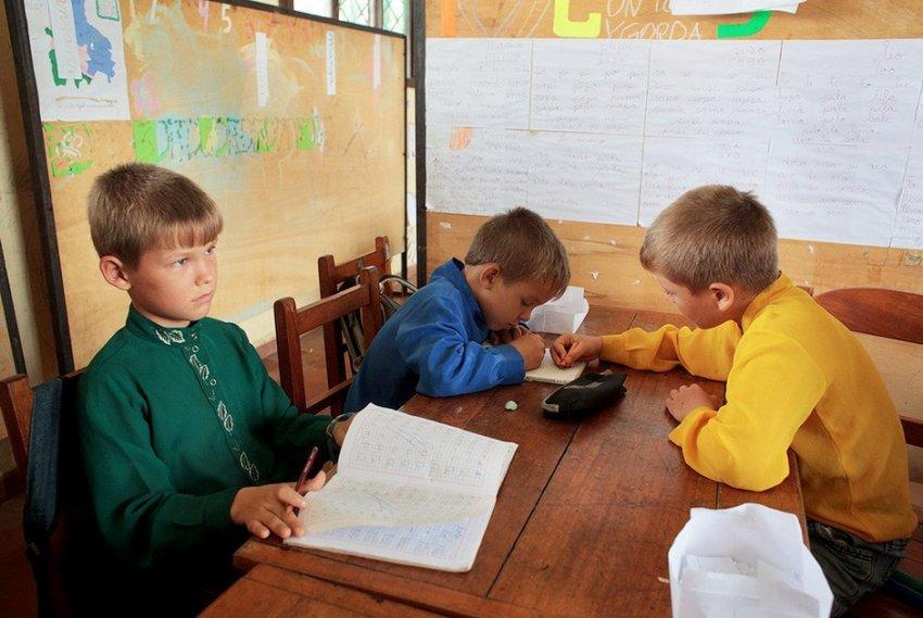 Здесь, в Боливии, староверы прекрасно сохраняют русский язык