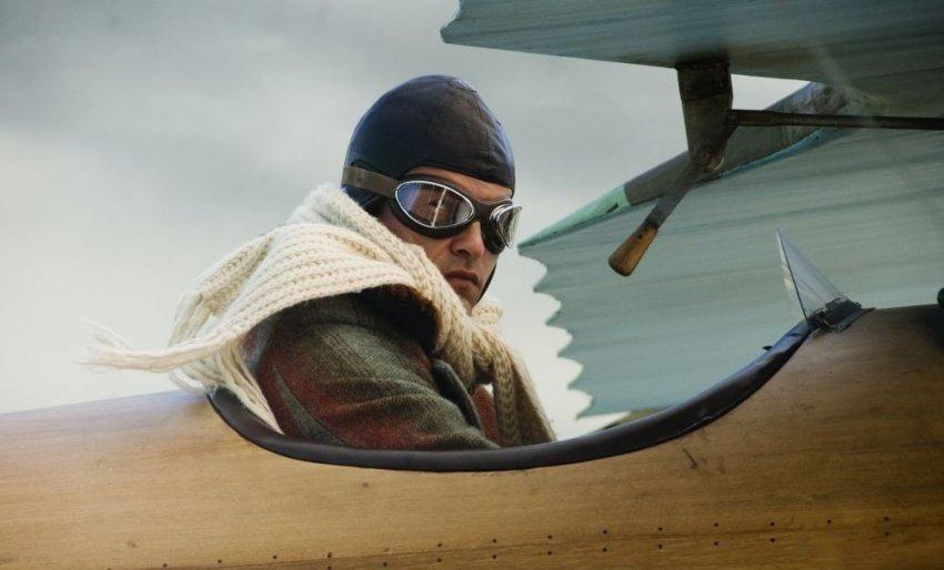Экипировка лётчика, для чего нужен шелковый шарф