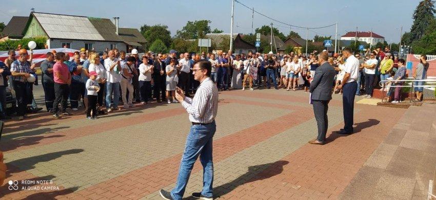 Как в Беларуси бастуют заводы