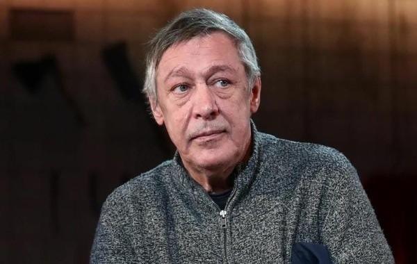 Новый адвокат Ефремова попросил для артиста условный срок
