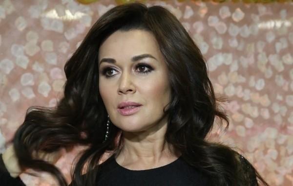 Коллега Заворотнюк рассказала, что бывший муж регулярно избивал актрису