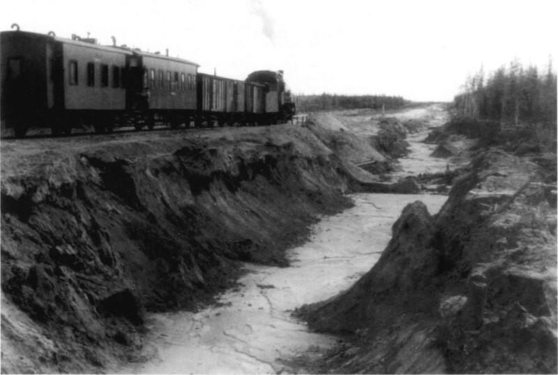 Сталинская«стройка века», железнодорожные руины Салехард-Игарка