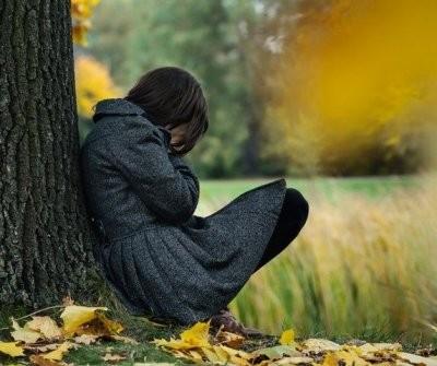 Астрологи назвали знаки Зодиака, которые подвержены осенней депрессии
