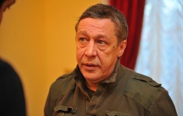 В суде зачитали характеристику Михаила Ефремова