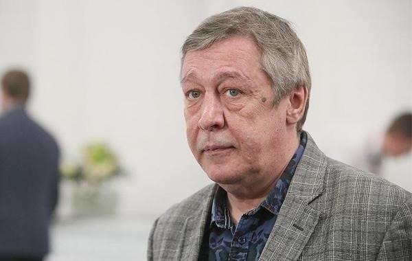 Михаила Ефремова не стали этапировать в колонию