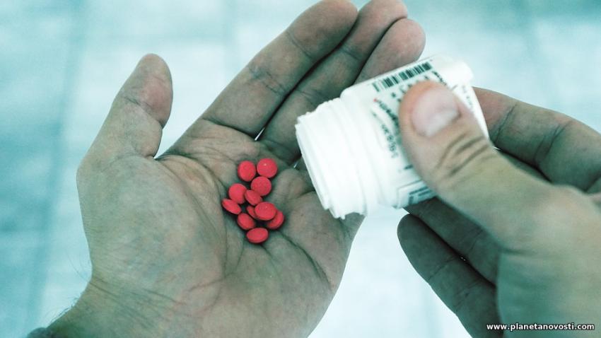 Жителям Литвы бесплатно раздают таблетки йода: что происходит?