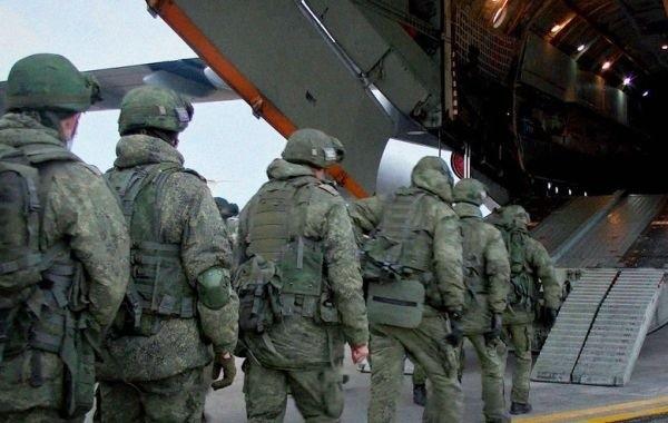 Оппозиция Армении требует продолжения войны