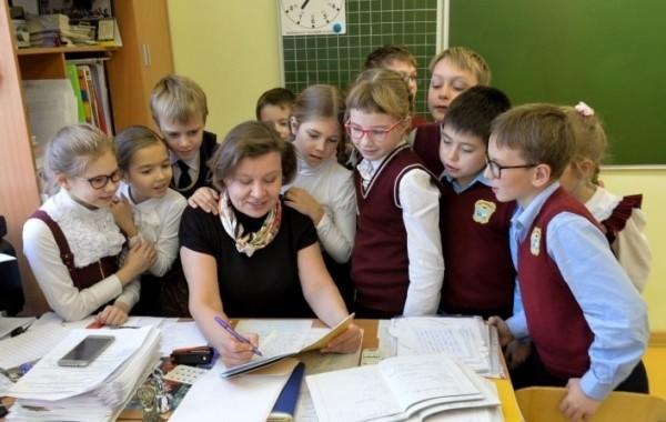 Учителя начнут получать доплату за классное руководство