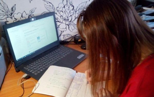Дистанционное обучение в Москве могут продлить после 22 ноября
