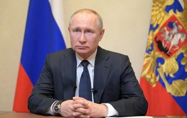 Путин предупредил о риске девальвации национальных валют