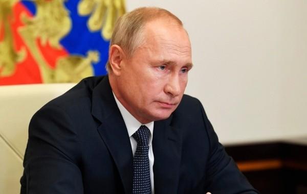 Путин объявил о начале массовой вакцинации от коронавируса