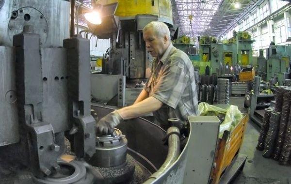 Госдума отказалась обсуждать возвращение индексации пенсий работающим гражданам