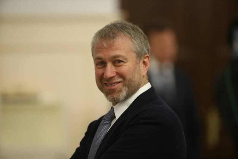 Какие увлечения есть у российских миллиардеров Романа Абрамовича и Владимира Потанина