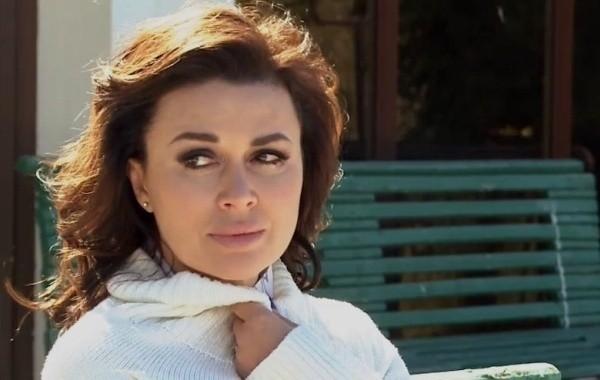 Экстрасенс спрогнозировала состояние здоровья Анастасии Заворотнюк в 2021 году