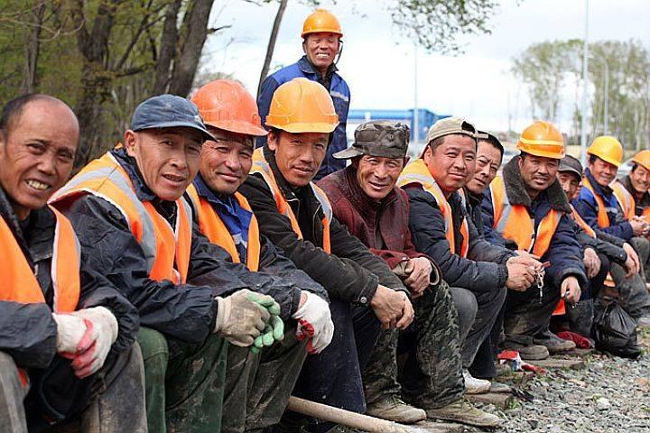 Жизнь трудовых мигрантов после возвращения с заработков становиться лучше