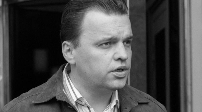 На 51-м году жизни скончался знаменитый российский журналист Александр Шадрин