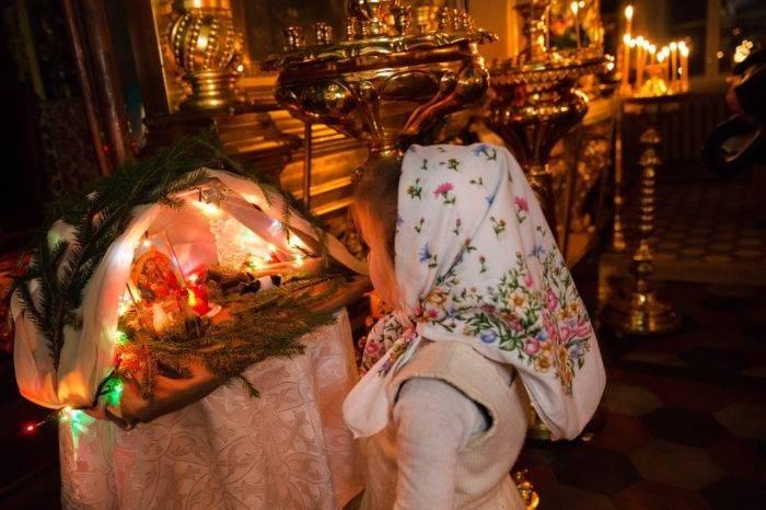 Православные верующие опасаются, что первой гостьей в доме станет женщина